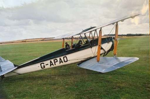 Diddley in a Tiger Moth: