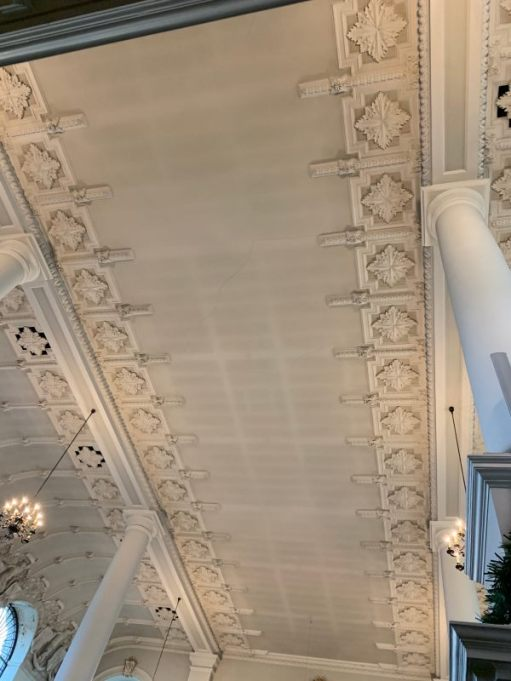 Beautiful ceiling in St Botolphs without Aldgate.
