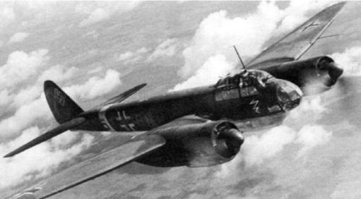 Black and White image of a German Dorier Fighter plane.