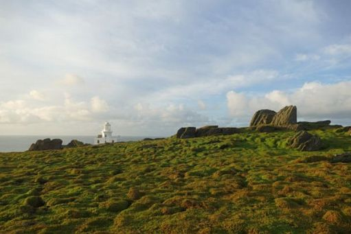 Looking over Skokholm Island to the Lighthouse.