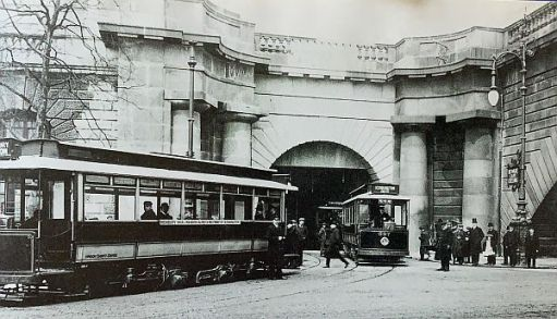 Original southern entrance to Kingsway Tram Tunnel in 1906, with two single-deck trams.