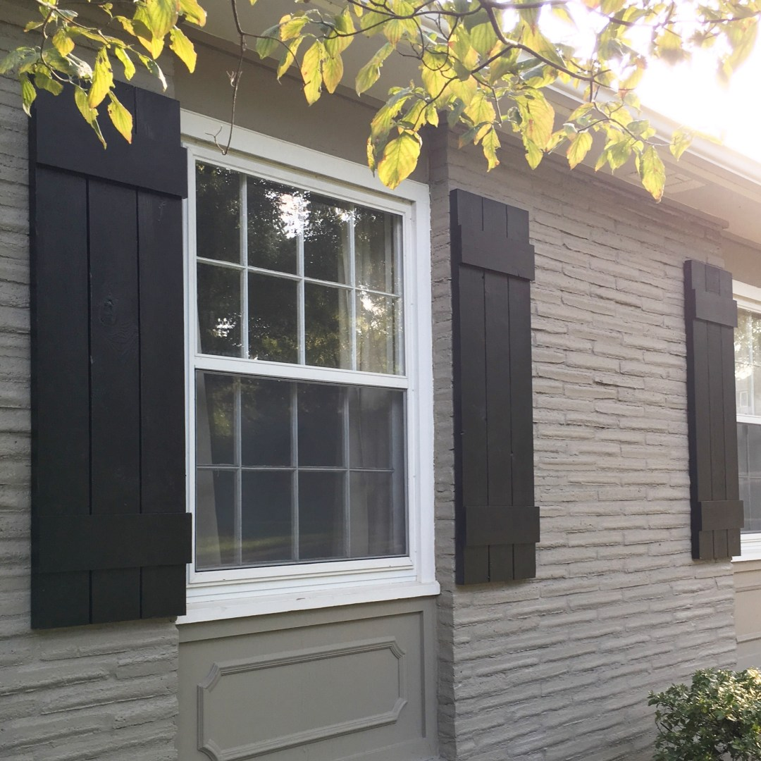 DIY: Outdoor Shutters