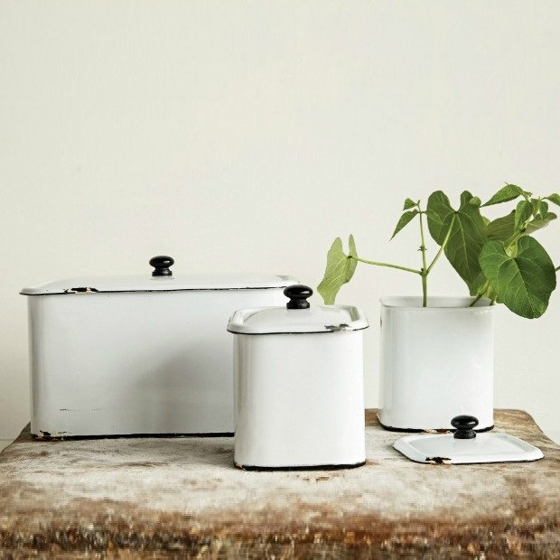 decorative-metal-box-white-distressed-enamel-finish-set-of-3