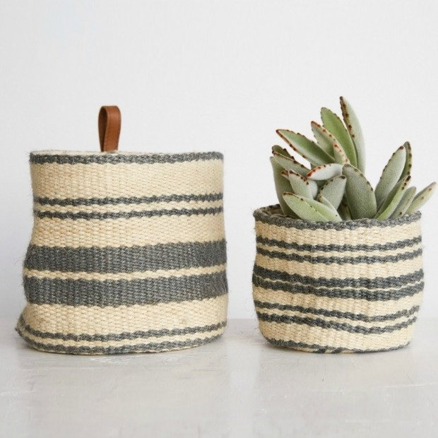 jute-wall-baskets-set-of-2_1
