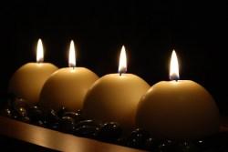 4 Relationship Myths - Candles