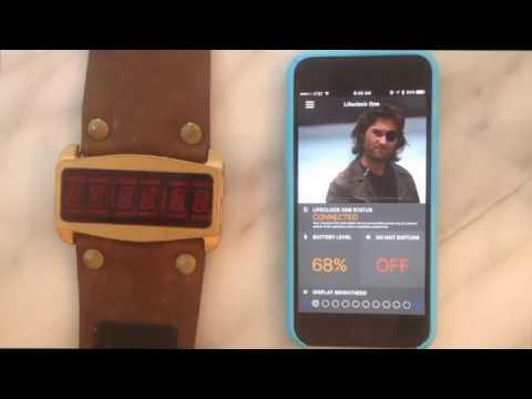 """Die """"Lifeclock One"""" ist eine Smartwatch, wie sie Snake Plissken in """"Escape from New York"""" hatte"""