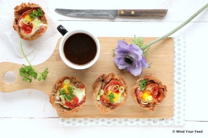ontbijt muffins met spek en ei