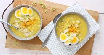 kerriesoep met rijst en ei