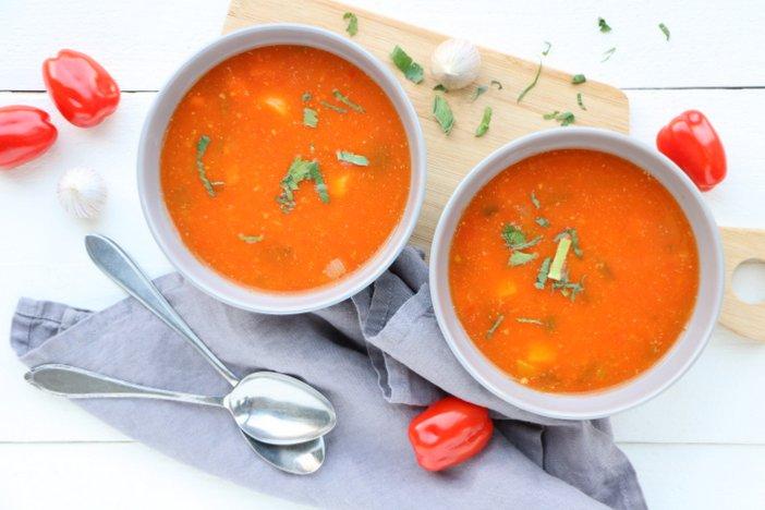 vers gemaakte tomatensoep