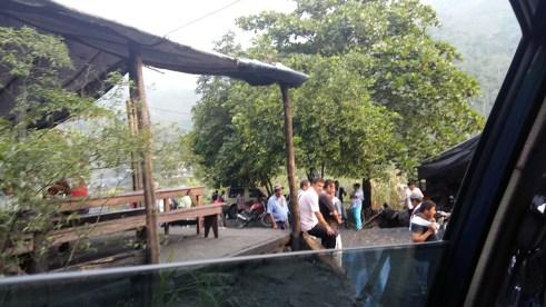 Kafić u blizini rudnika u Muzu