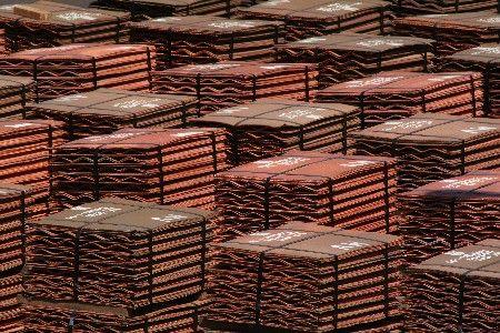 Datos de China decidirán futuro del cobre