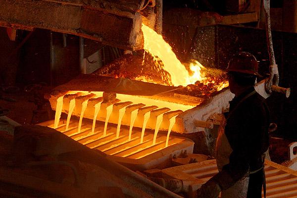 Expertos proyectan precio del cobre de US$2,43 la libra en 2016, según encuesta de Cochilco