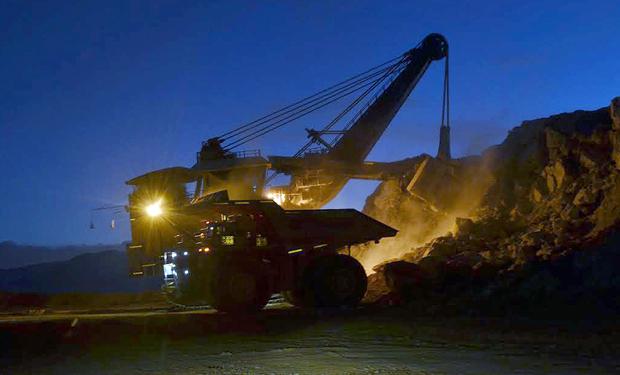 Valoración de las grandes mineras cayó más de 50% en sólo un año
