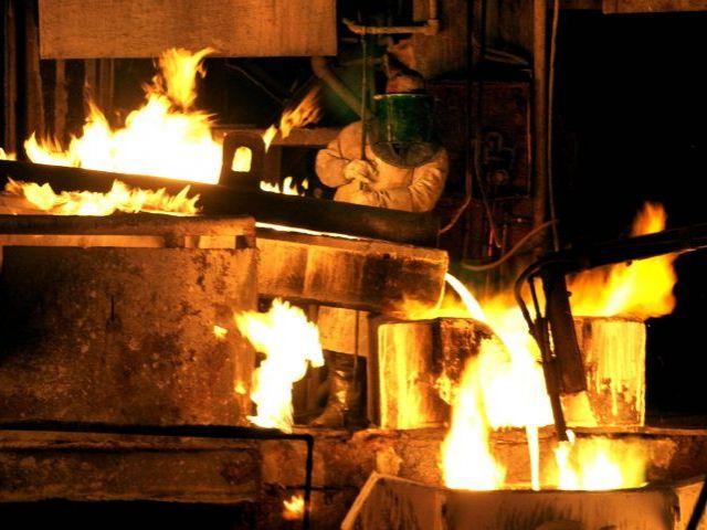 Gobierno sorprendido por debilidad en el precio del cobre
