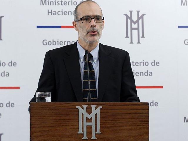 """Valdés: Proyección de PIB de 2,75% es """"demasiado alta"""""""