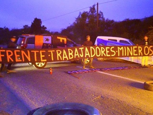 Trabajadores de El Soldado bloquean acceso a mina