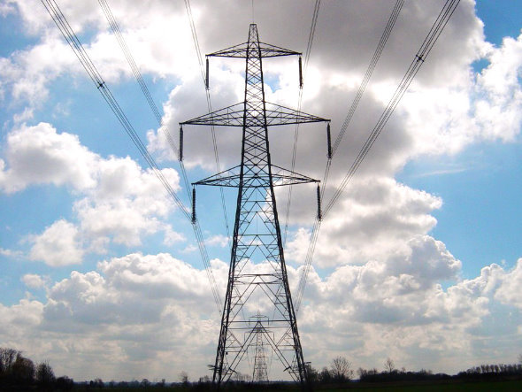 Perú presenta proyecto de ley para exportar electricidad a Chile