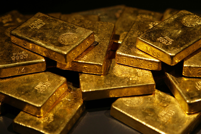Precio del oro sube ligeramente en Asia