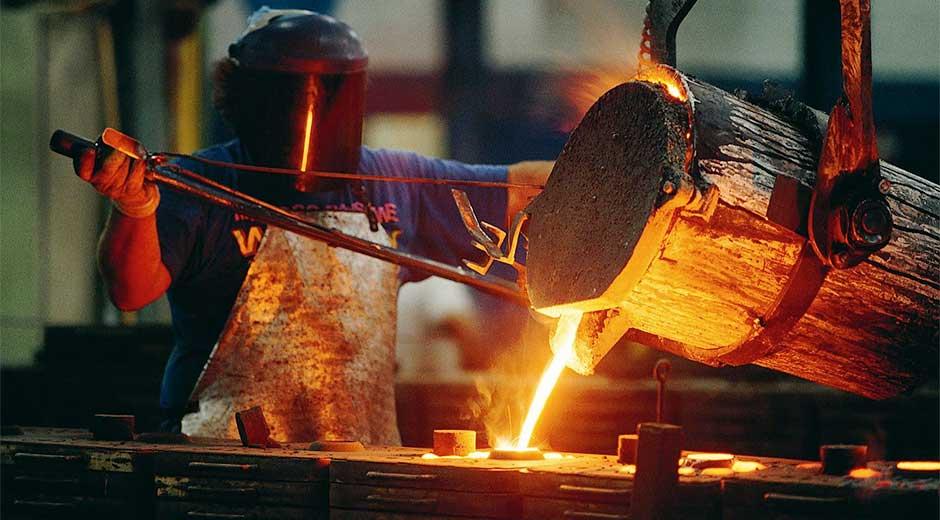 Fuerte demanda sostiene precios del níquel cerca de máximos en nueve meses