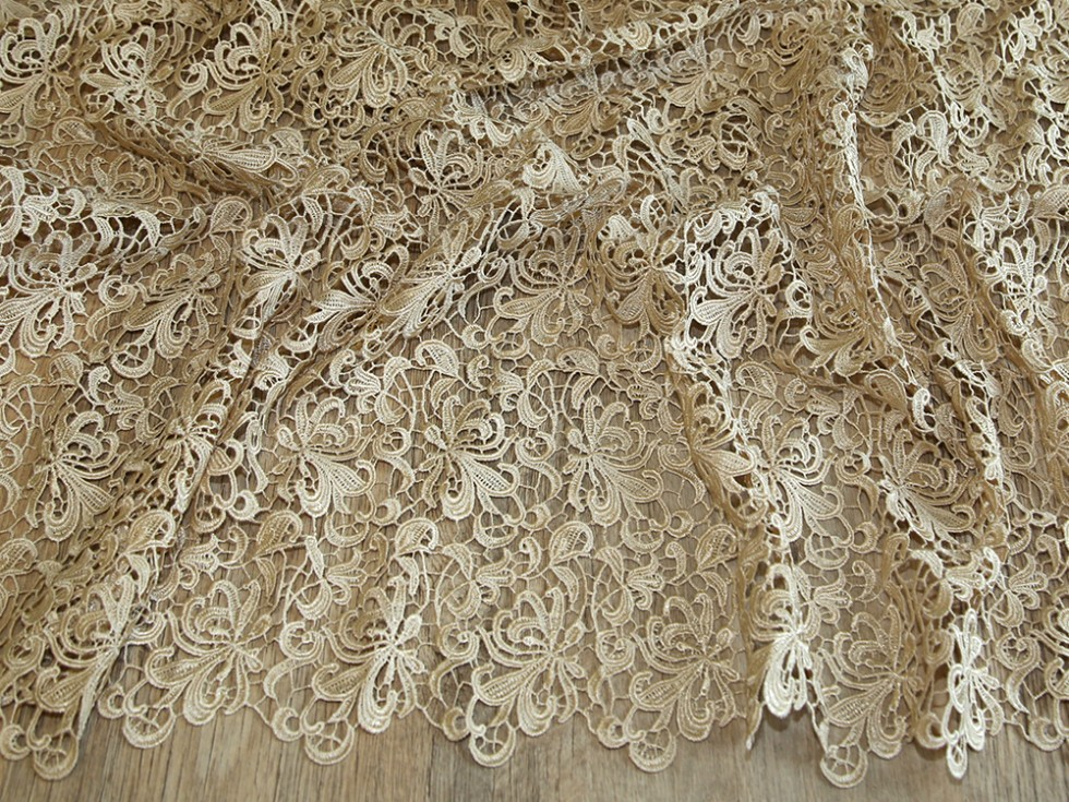 Scalloped Edge Couture Bridal Heavy Guipure Lace Fabric MVHH100RoyalM  eBay