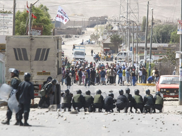 2 Protesters Murdered, 30 Wounded by Police in Mine Protest in Peru
