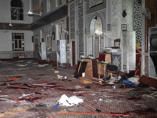 De Moskee Al Iman na de bomaanslag waar de Shaykh les gaf.