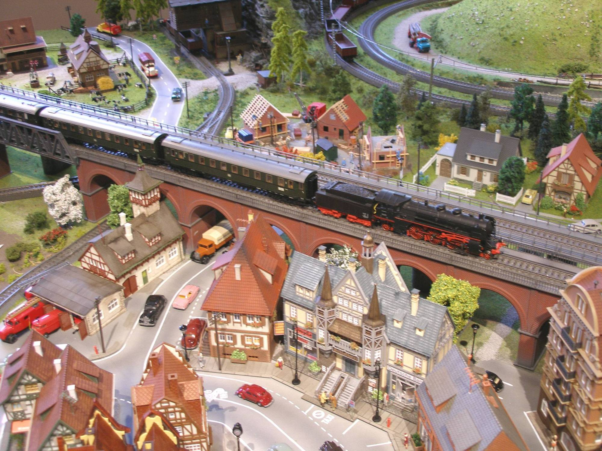 hight resolution of n scale cars