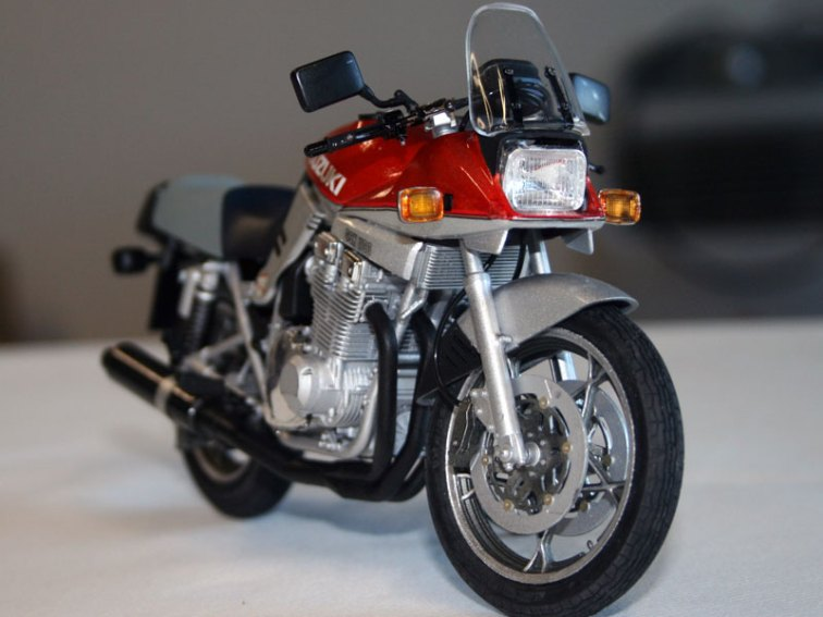 suzuki-gsx1100s-katana-1