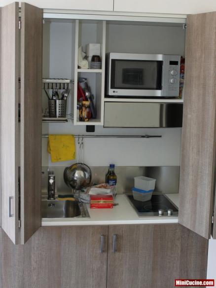 Armadio Cucina Monoblocco - Idee per la casa e l\'interior design ...