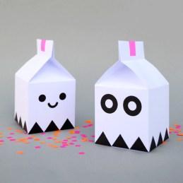 Papercraft de cajas de caramelos de simpáticos fantasmas. Manualidades a Raudales.