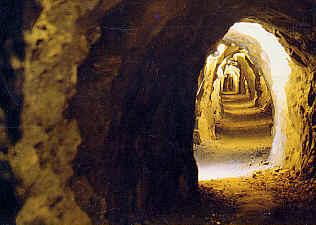 Risultati immagini per miniera d'oro della guia