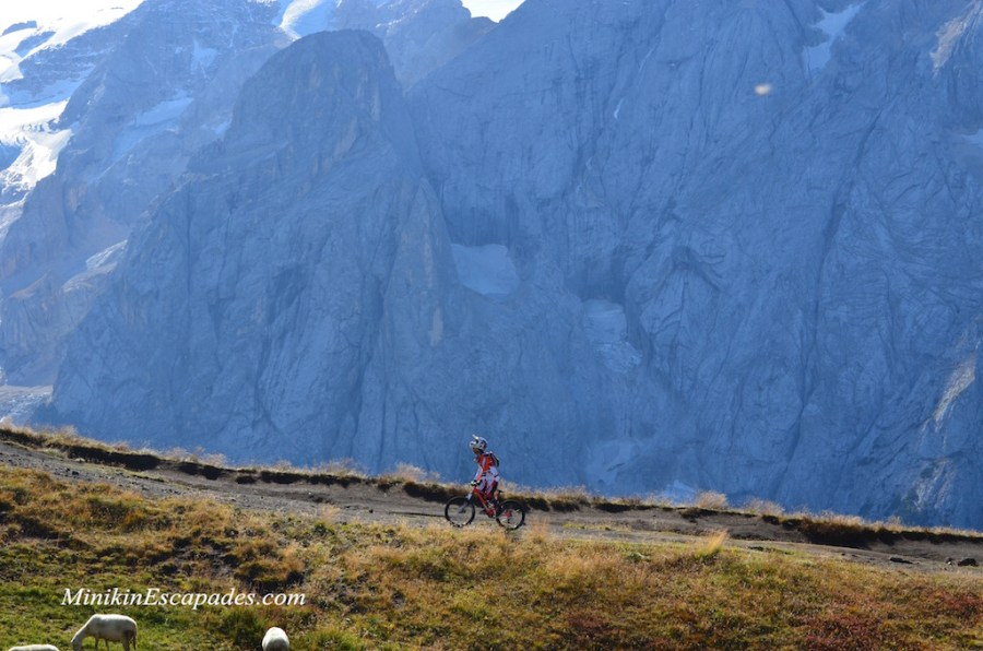 Cycling the Sella round in Dolomites