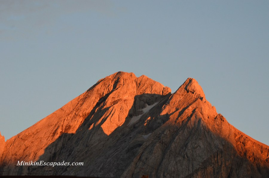 Marmolada turning a splendid orange at sunset
