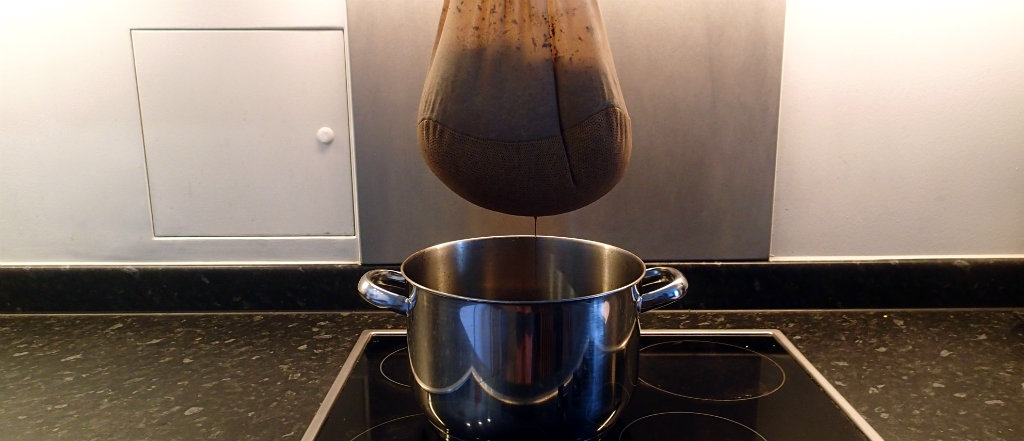 Draining the black gold from the BIAB mash