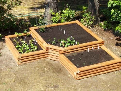 How To Build A Raised Garden Bed – Clever Landscaping Ideas