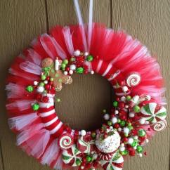 Christmas Decorating Ideas For Sofa Table Acme Sleeper Magnificent Diy Tulle Wreath – A Romantic Home ...