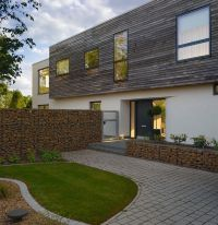 Gabion wall  how to use it in the garden landscaping?