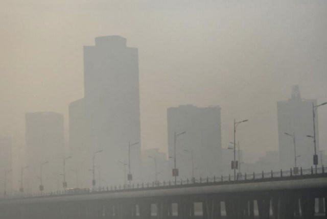 China smog at 'record' levels as coal burning for heating begins