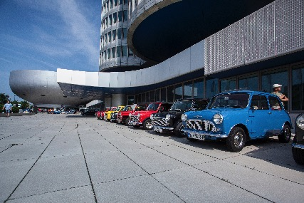 CLUB a MUNCHEN in BMW/MINI
