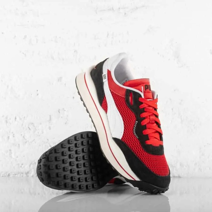 PUMA STYLE RIDER STREAM ON TRAINERS HIGH RISK RED (2)