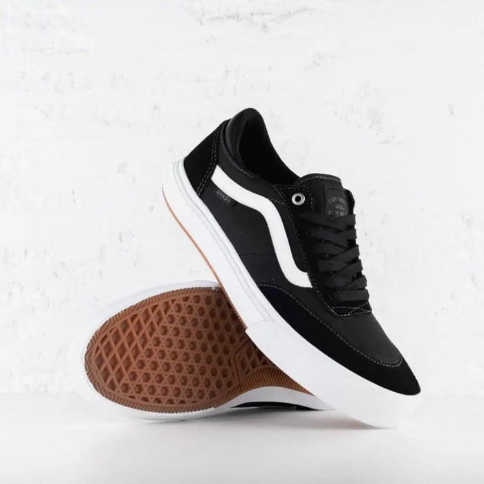 VANS GILBERT CROCKETT 2 PRO BLACK TRUE WHITE 2