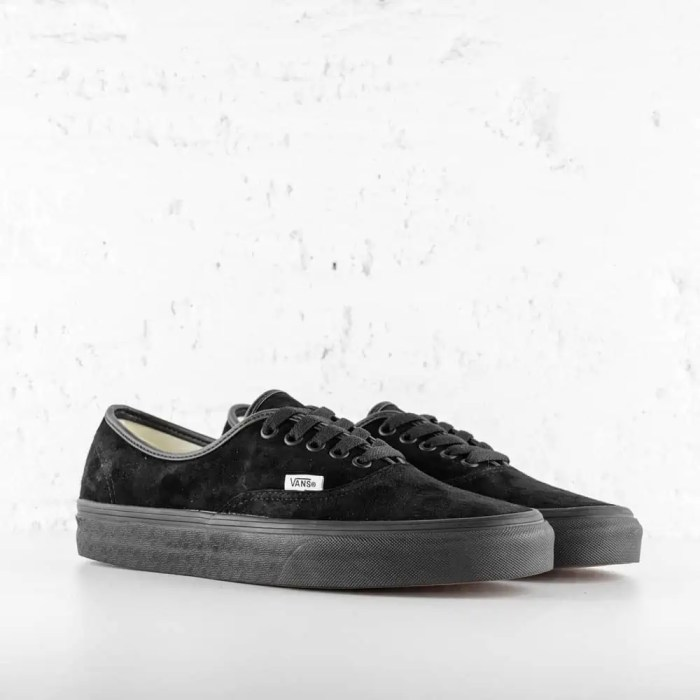 VANS AUTHENTIC BLACK SUEDE 3