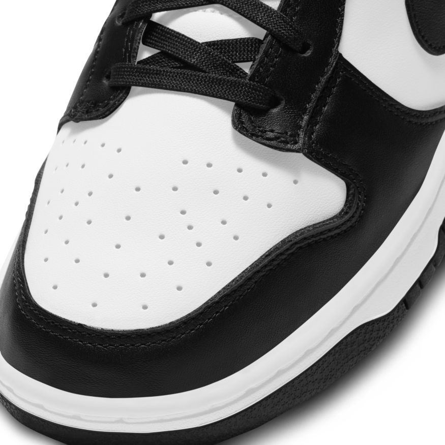 NIKE WMNS DUNK LOW WHITE BLACK PANDA
