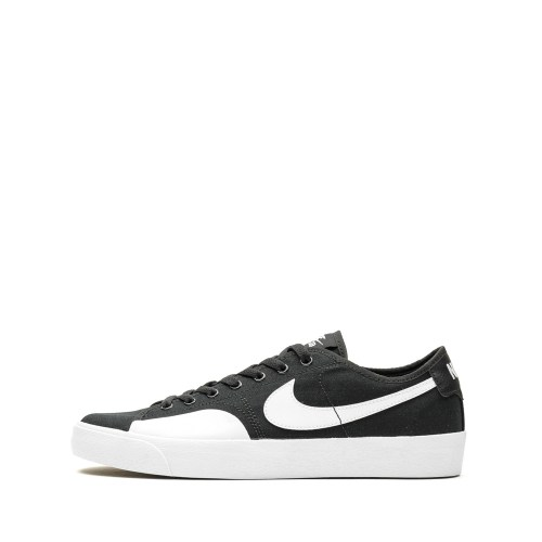 NIKE SB BLAZER COURT BLACK WHITE