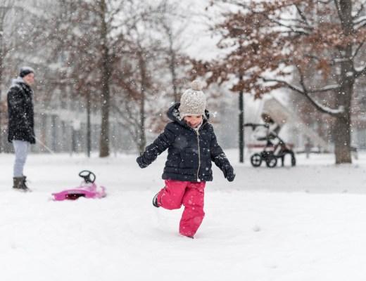 Aktivitäten mit Kindern im Winter: Ideen wie man als Familie zusammen Zeit verbringen kann