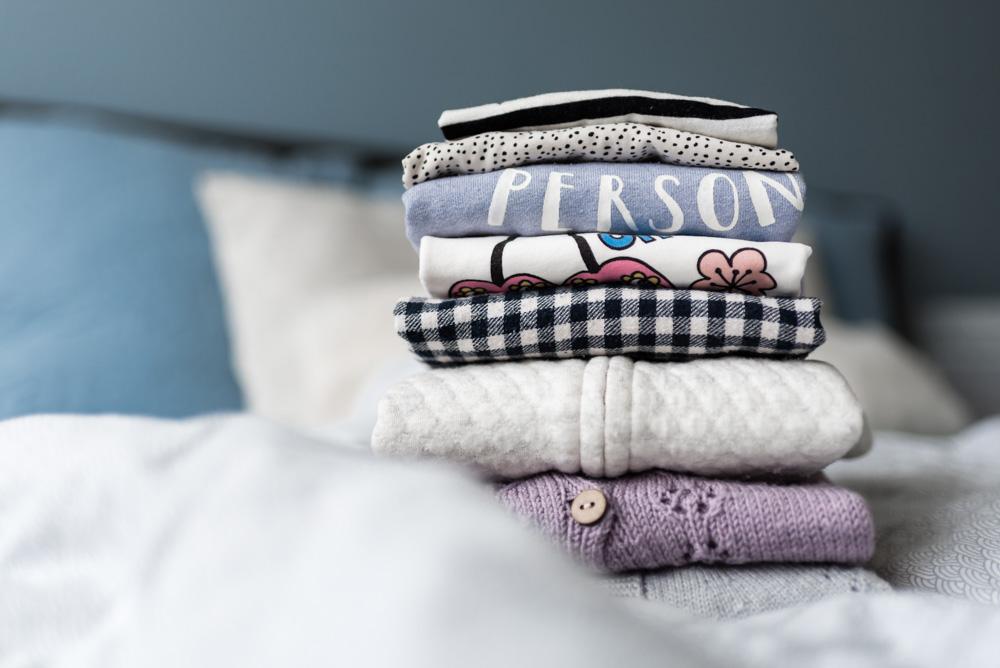 Ideen für die sinnvolle Weiterverwendung alter Kinderkleider: Wohin mit all den Kinderkleidern, die hier nicht mehr getragen werden? #kinderkleider