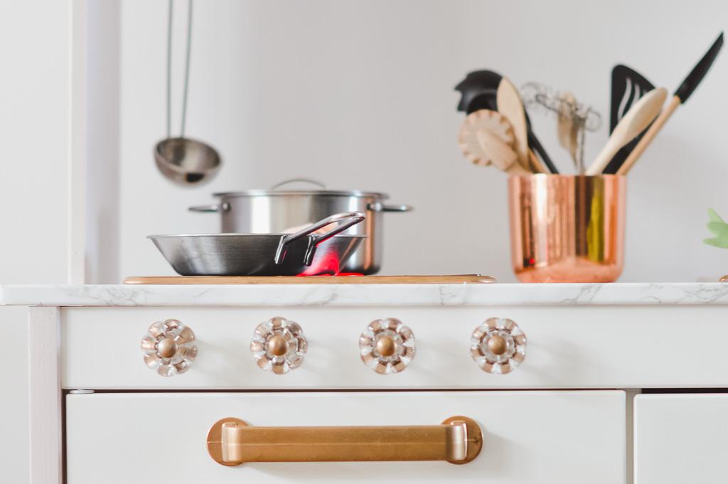 IKEA Kinderküche pimpen: Eine kleine Anleitung - Mini & Stil