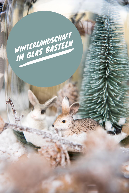 Winterlandschaft mit Schleich Tieren im Glas basteln: Eine einfache DIY Anleitung #advent #adventsbasteln #diy #basteln #bastelnmitkindern