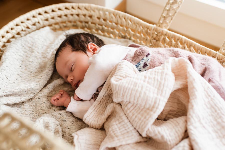 Baby Fotoshooting in Zürich mit Isabelle Kade Fotografie