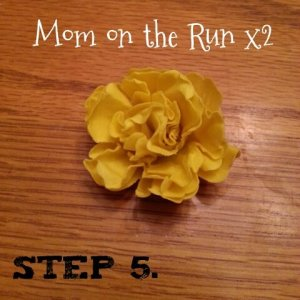 easy 3d paper flowers step 5